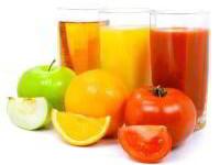 Cмешиваем фрукты, овощи и пьём оздоровительные соки