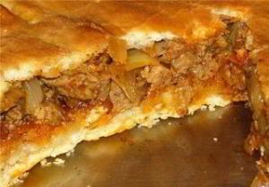 Месник или попросту - пирог с мясом (болгарская кухня)