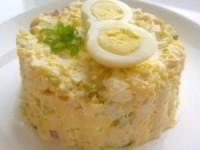 Салат из курицы с соленым огурцом