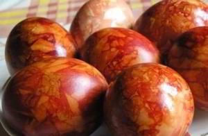 Янтарные пасхальные яйца