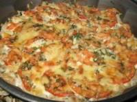 Рыба запечённая с помидорами и сыром