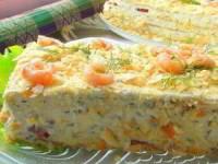 рецепт Закусочный торт «Наполеон» с подкопченной сёмгой, печенью трески и икрой селёдки