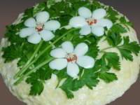 """рецепт Салат с корейской морковью и грибами """"Три цветка"""""""