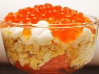 рецепт Салат с красной икрой