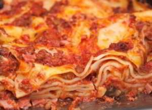 рецепт Лазанья болоньезе с сыром проволоне