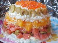 рецепт Салат с малосольной форелью и апельсином