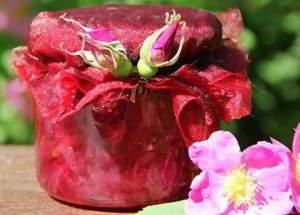 рецепт Варенья из лепестков роз