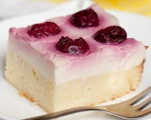 рецепт Пирог с вишней и заварным кремом