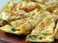 Диетический омлет с сыром и зеленью