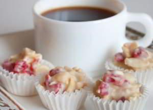 Конфеты из миндаля и белого шоколада