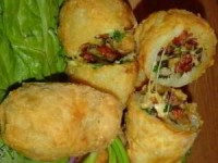 рецепт Хрустящий фаршированный картофель с ветчиной и сыром