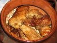 рецепт Вкусное мясо с перловкой в горшочках