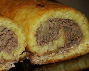 рецепт Закусочный сырно-мясной рулет