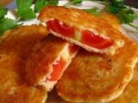 Жареные помидоры в сырном кляре