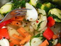 Капуста с овощами в рассоле