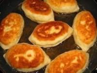 Пирожки на сметанном тесте
