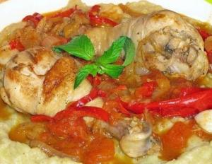 Курица в соусе из баклажан
