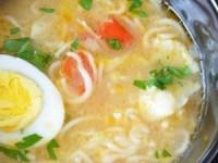 Суп с рисовой лапшой домашнего приготовления