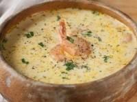 Сырный суп с морковью и креветками