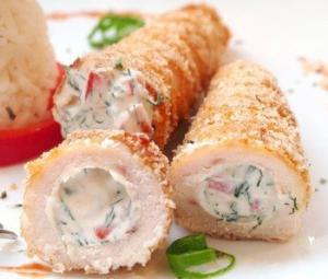 Куриные трубочки с начинкой и янтарным рисом