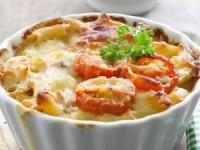Макароны, запеченные с помидорами, под сыром