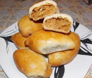 Пирожки с капустой , луком и яйцом