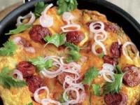 Омлет с картофелем и копченой колбасой