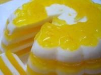 Полосатый вкусный апельсиновый десерт