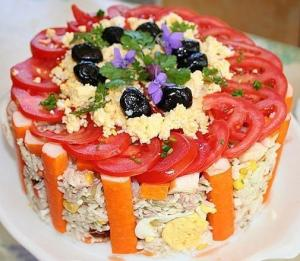 Праздничный салат-торт