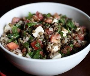 Салат с чечевицей и творогом - белковый