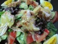 Фирменный салат с горчично-медовой заправкой