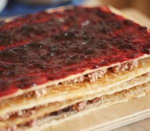 Вафельные пирожные с творожно-шоколадным кремом
