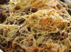 Запеканка из спагетти с фаршем