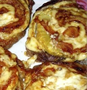 Отбивные с ананасами и сыром
