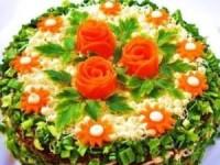 Салат-торт из куриной печени