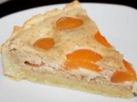 Открытый пирог с абрикосами